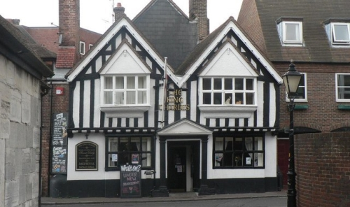 Haunted places in the UK - Halloween - Poole,The_King_Charless