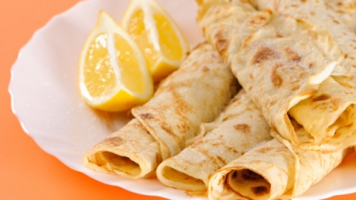 Pancake and lemon